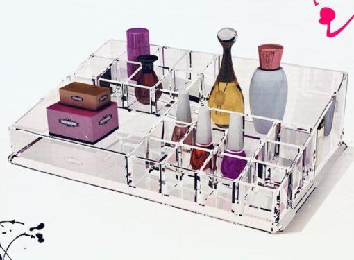 Hellolovely Makeup boks med 22 små rum i akryl